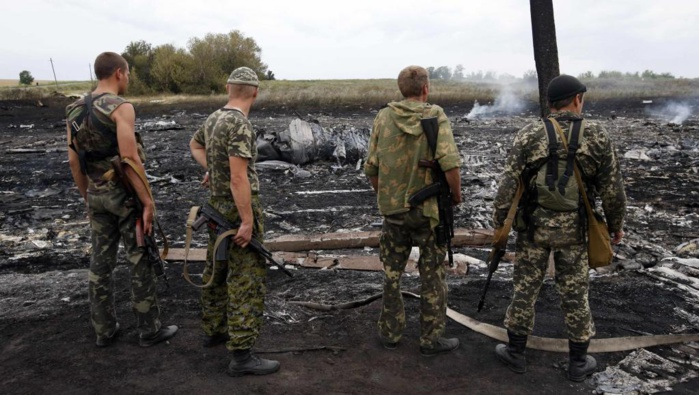 Crash du vol MH17: interrogations sur le type de missile utilisé