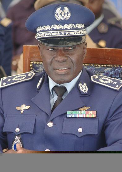 Traîné lâchement dans la boue par son ex-subordonné et ami : Pour l'honneur du général Abdoulaye Fall