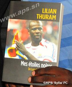 Des intellectuels sénégalais bénissent l'engagement de Lilian Thuram