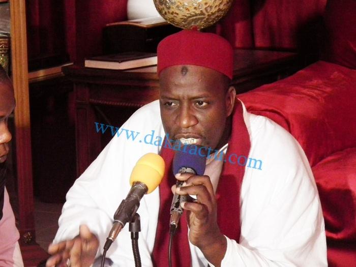 VOICI LE GRAND CONFÉRENCIER OUSTAZ AHMAD KHADIM SENE QUI ANIME TOUS LES MERCREDIS L'EMISSION 'BUSCHRA LANA' SUR LA AFRICA 7 ]