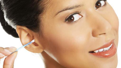 Arrêtez immédiatement de nettoyer vos oreilles