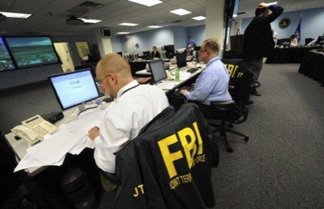 """Le FBI aurait """"poussé"""" et """"payé"""" des musulmans américains pour commettre des attentats"""
