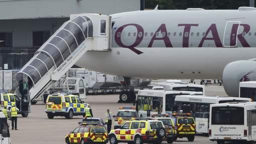 Un vol Qatar Airways escorté par l'armée britannique