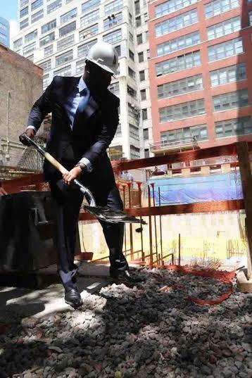 Pose de la première pierre de la future maison du Sénégal à New York