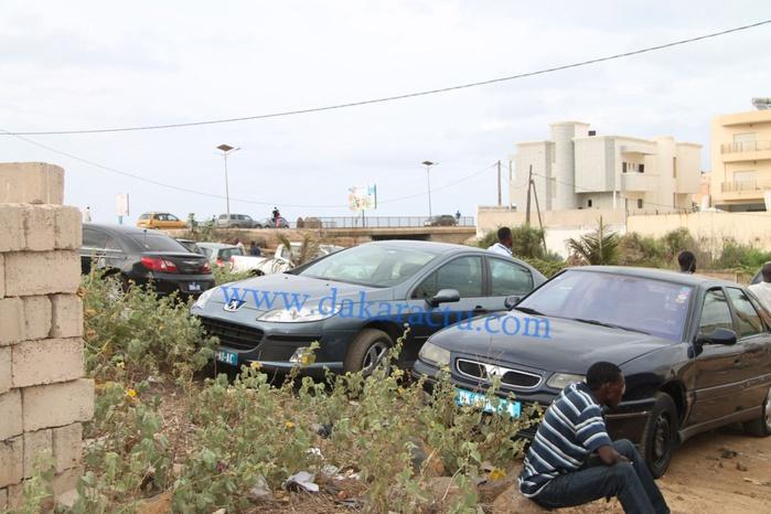Après plusieurs heures d'attente sans le voir, les gendarmes viennent de quitter la maison d'Abdoulaye Baldé