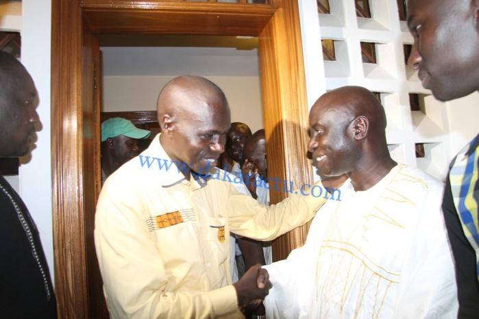 Idrissa Seck a reçu les étudiants, hier, chez lui (IMAGES)