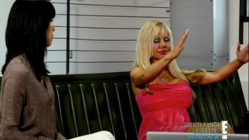 Mais que fait donc cette Barbie humaine?