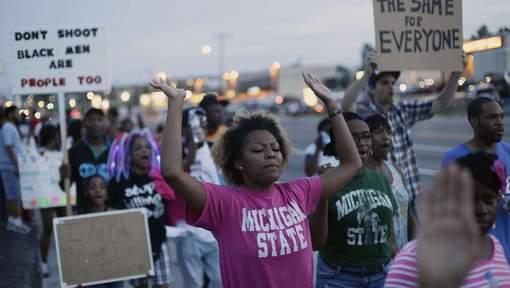 """""""Des chiens enragés à Ferguson"""""""