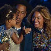 MTV VMA 2014/Beyoncé : séquence émotion sur la scène des VMA avec Jay-z et Blue Ivy !