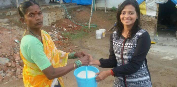 Après l'Ice Bucket Challenge, l'Inde lance le Rice Bucket Challenge