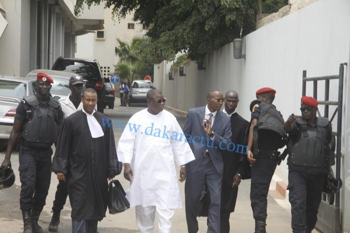 Les images de Abdoulaye Baldé à la CREI, en compagnie de ses avocats