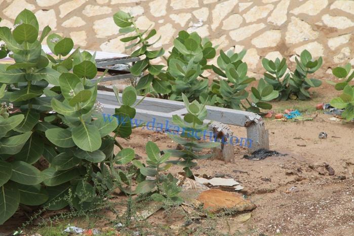 Pluie à Dakar : les panneaux publicitaires n'ont pas résisté au vent (IMAGES)