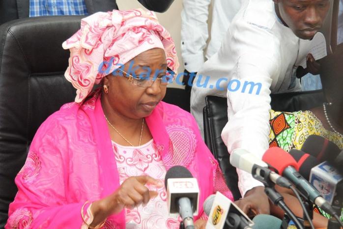 Cas d'Ebola : Awa Marie Coll Seck appelle au calme et au respect de l'hygiène
