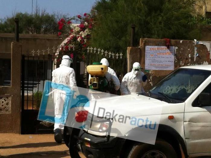 Les agents du Ministère de la santé en pleine détection au Centre de santé des Parcelles Assainies, Unité 9...