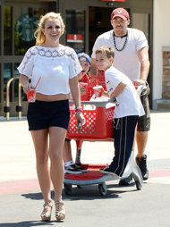 Britney Spears, femme trompée, se sépare de David Lucado
