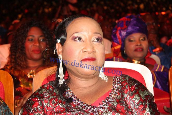 Voici Banna Ndiaye, la ravissante femme de Omar Pène