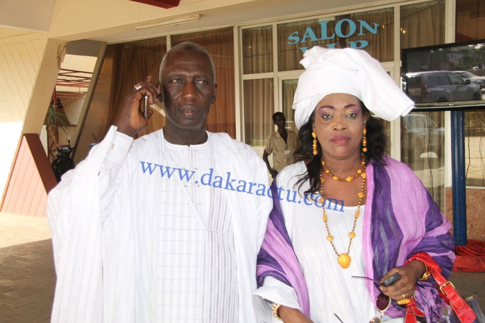 """Cheikh Mbacké Sakho, le président du réseau """"Doleel Yaakar"""" en compagnie de la coordonnatrice Adja Diossi Bèye"""