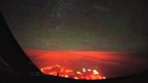 De mystérieuses lumières rouges observées par un pilote dans le Pacifique