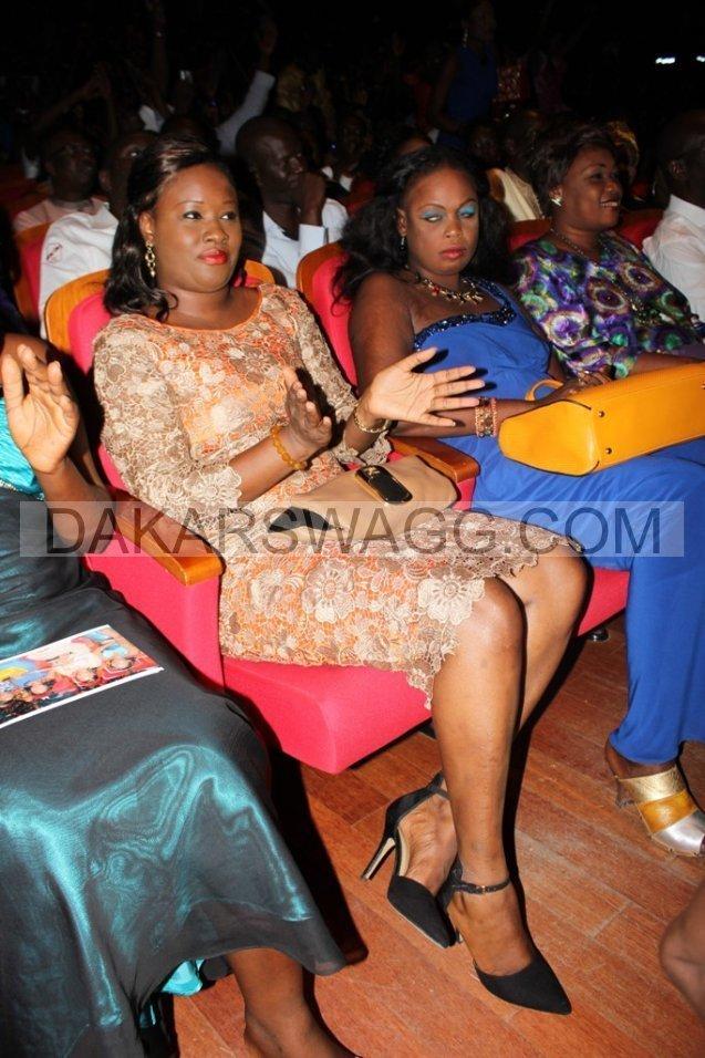 Aissata Sall, la femme de Aliou sall nouveau maire de Guédiawaye et frère du Président Macky sall en robe de soirée lors de la soirée au Grand Théâtre
