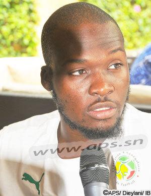 Moussa Sow se sent 'bien' dans son rôle d'ancien