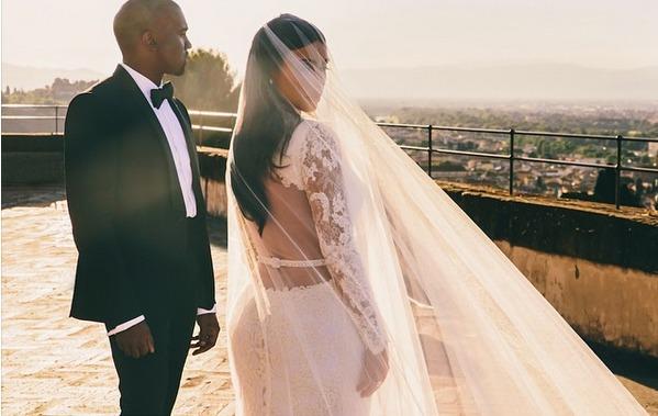 La fiancée de George Clooney est-elle enceinte?... La lune de miel «très marrante» des Brangelina…