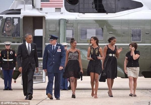 Barack Obama et sa famille assistent au mariage de leur cuisinier