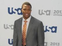 Ray Rice : filmé en train de tabasser sa fiancée, le joueur de football américain est suspendu de façon indéterminée par la NFL