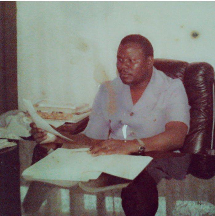 Souvenir : Cheikh Béthio Thioune dans son bureau quand il était administrateur civil