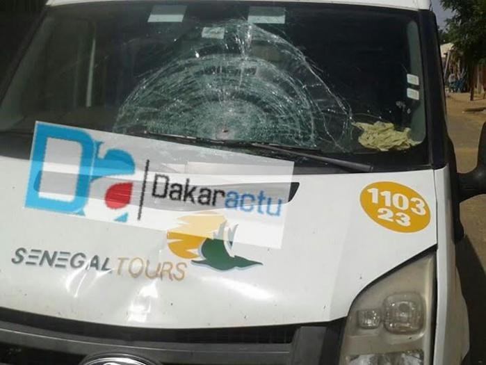 Un des bus convoyés par Racine Sy à Podor pour grossir le rang de ses partisans fait un accident mortel : Un mort, deux blessés, le chauffeur du bus en garde à vue...