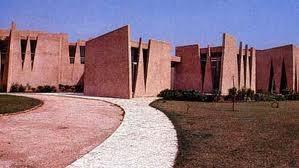 Transformation de la maison de l'ancien Président Senghor en musée : Macky en visite de chantier hier