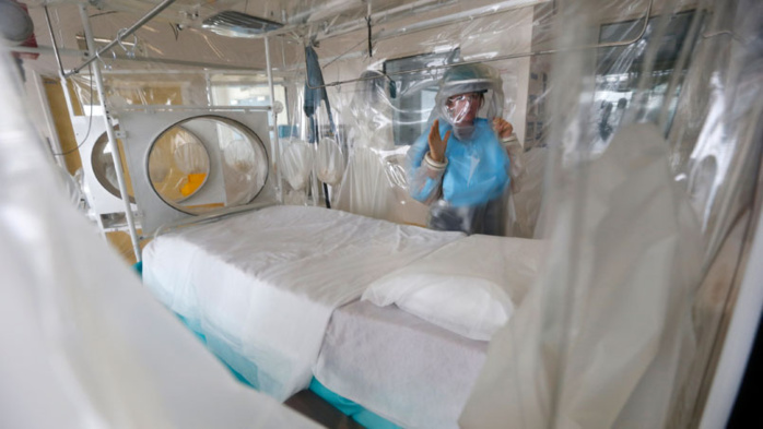 Ebola premier cas d 39 infection diagnostiqu aux tats unis - Chambre sterile pour leucemie ...