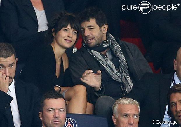 PSG-BARÇA : Patrick Bruel, Nagui et Zlatan avec leurs amoureuses en tribune