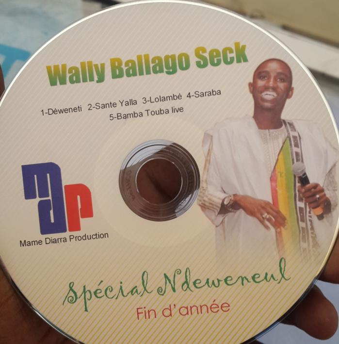 """Téléchargez """"Spécial Ndéwéneul"""", le nouvel album de Wally Ballago Seck, sur Dakaractu"""