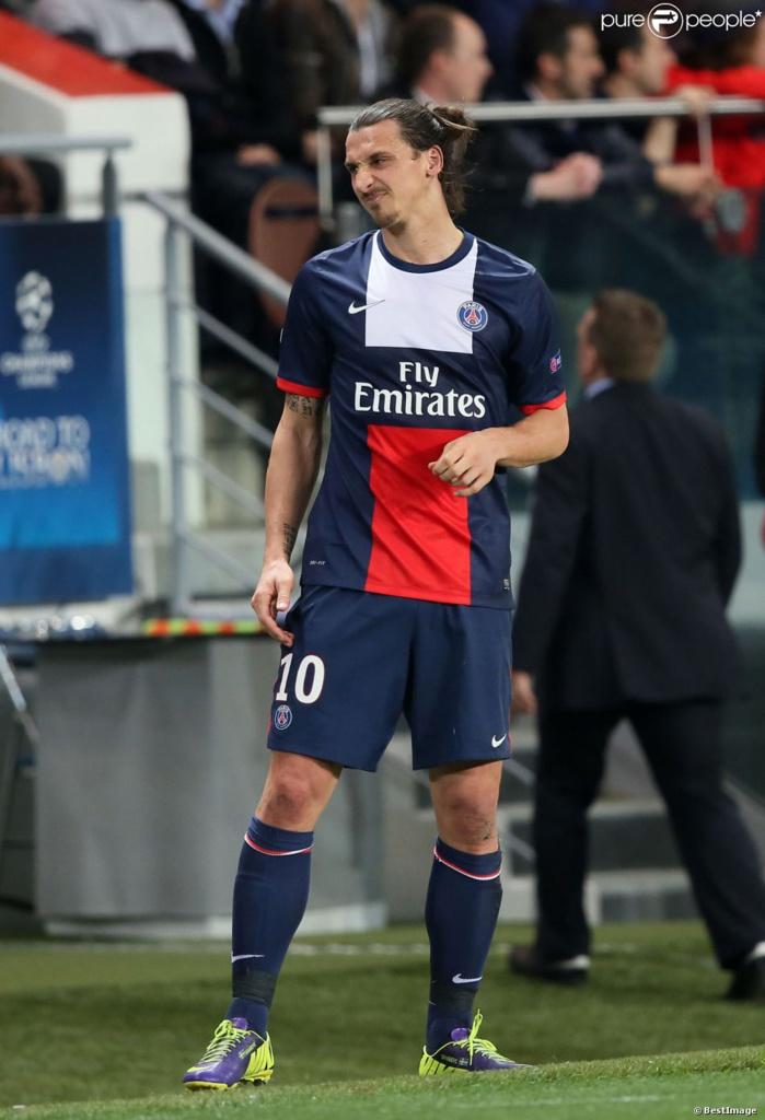 PSG : Blessé, Zlatan Ibrahimovic «ne (se) sent pas comme un zombie, mais presque»