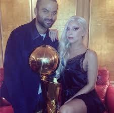 Lady Gaga, sous le charme de Tony Parker : « Quel plaisir quand Tony Parker est venu me voir, il est si gentleman… »