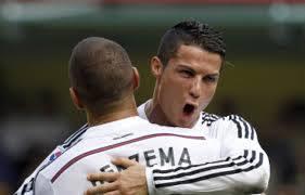 """France-Portugal : le """"ça va mon frère?"""" de Ronaldo à Benzema"""