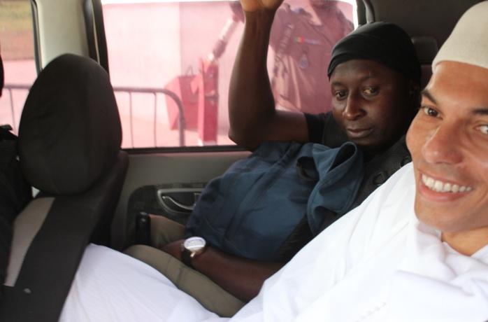 Procès Karim : la défense demande le renvoi en attendant le retour de Bibo Bourgi