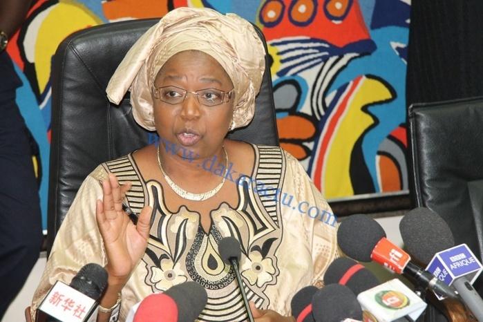 EBOLA : Awa Marie Coll Seck déclare « le Sénégal en fin d'épidémie », en présence des représentants du PNUD et de l'OMS