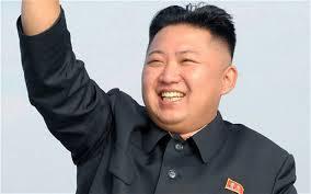 COREE DU NORD : Kim Jong-Un refait surface, s'appuyant sur une canne