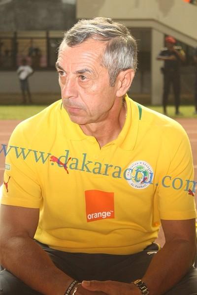 Alain Giresse, Sélectionneur national du Sénégal : «Il y a des joueurs qui parlent et d'autres qui jouent…»