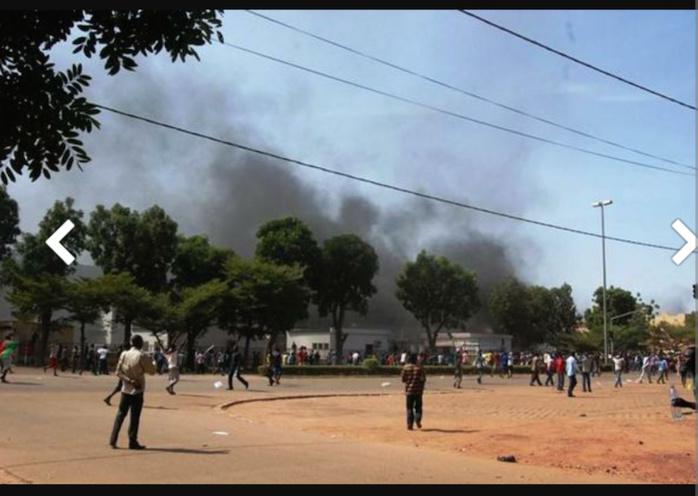 Les images des manifestations au Burkina Faso