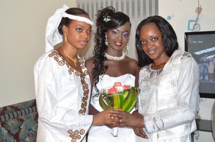 Les deux filles de Diacounda Traoré au mariage du SG des jeunes du PS