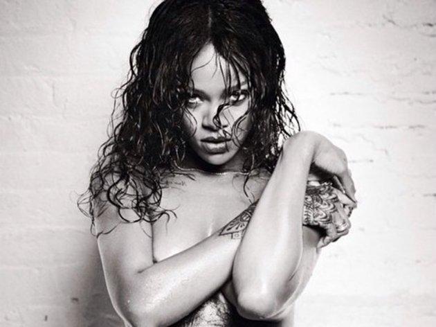 Rihanna se dénude le temps d'un shooting torride pour le magazine Esquire