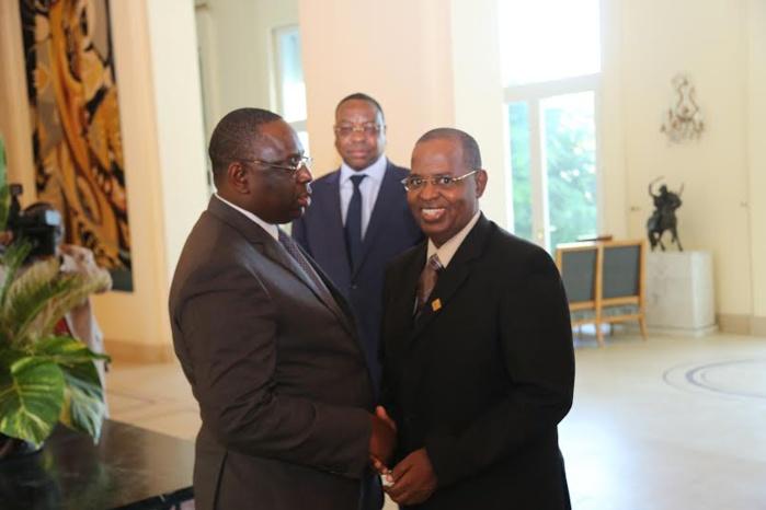 IMAGES : Sidy Lamine Niass reçu aujourd'hui au palais, par le Président Macky Sall.