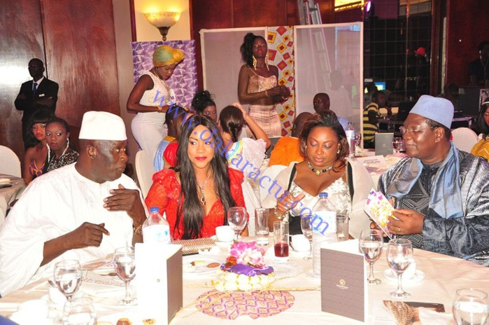 Baba Tandian et son épouse en compagnie de Ousmane Ngom son épouse au défilé Gala de Diaspora