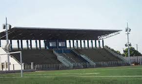 Une délégation de la CAF en visite au stade Caroline Faye en décembre