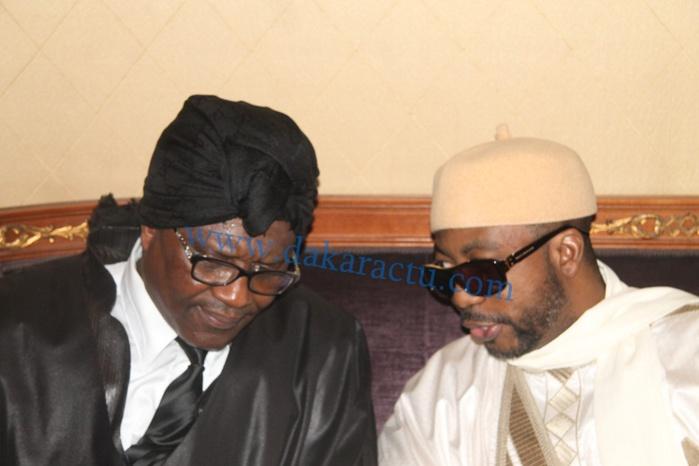 Cheikh Ahmadou Kara M'backé en compagnie de Sheikh Alassane Sène