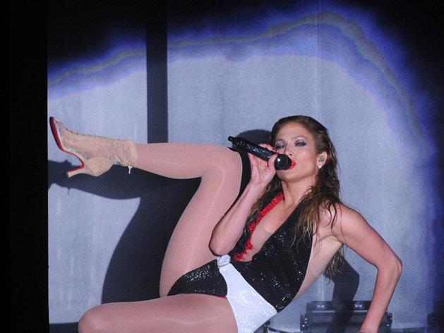 Jennifer Lopez ultra-sexy à 45 ans impressionne Twitter