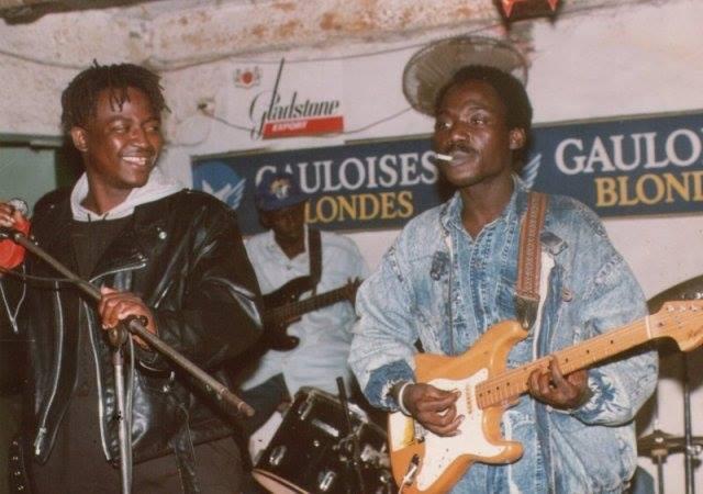"Demba Dia ""Rock Mbalax"" sur scène"