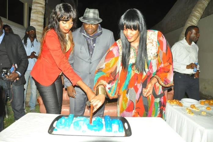 """Feu Demba Dia avec son épouse Aida Ndong à l'anniversaire de la marque """"Dash"""""""